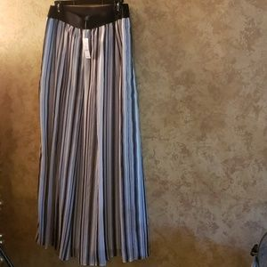 NWTS WHBM Maxi BLACK WHITE LINED SKIRT